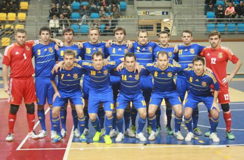 Украина побеждает Словакию в первом матче