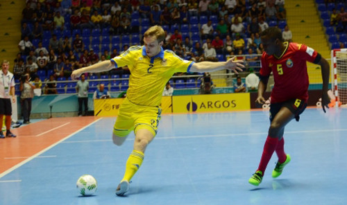 Сборная Казахстана пофутзалу одержала первую победу начемпионатах мира