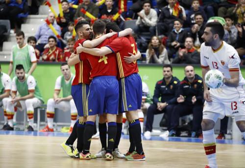 СИспанией хотим сыграть агрессивно— Александр Косенко